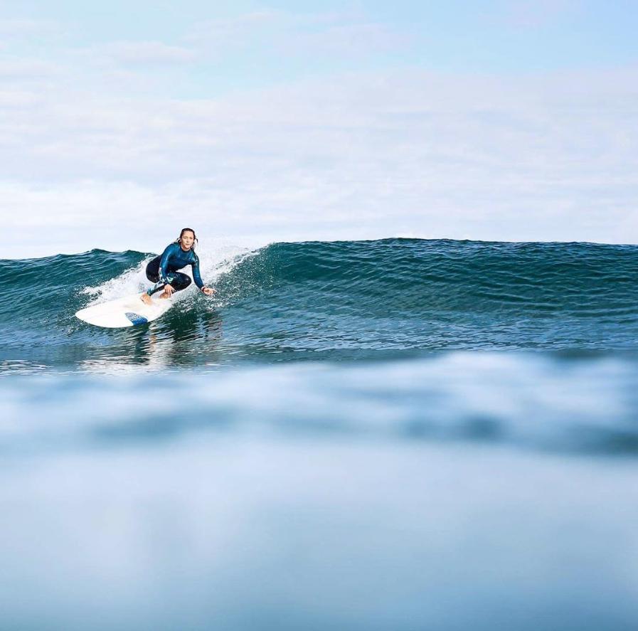 elles-surf-madame-chipiron